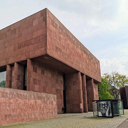 Wir sind Regional verbunden - Immobilien Klose mit unserem Standort Bielefeld - Immobilien Klose. Unser Netzwerk reicht weit in die Top 7 Standorte Deutschlands