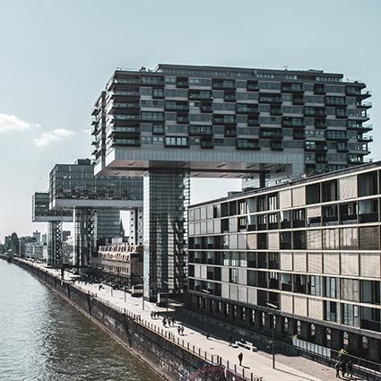 Rheinauhafen - Kölns NR 1 moderner Geschäfts- und Wohnhäuser